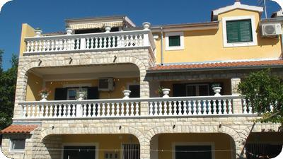 Apartments Vucak in Vodice - Croatia